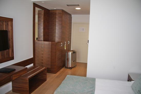 Hotel Korsal: view to the door