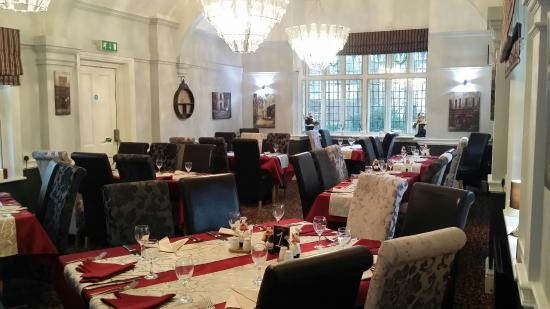 Holbrook, UK: The restaurant is now finished and looks superb with its new comfortable chairs