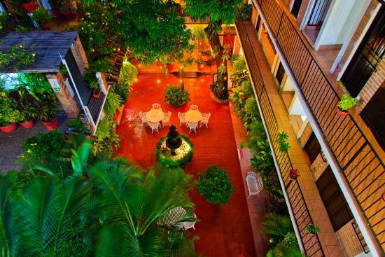 Hotel Posada de Roger: Lobby area