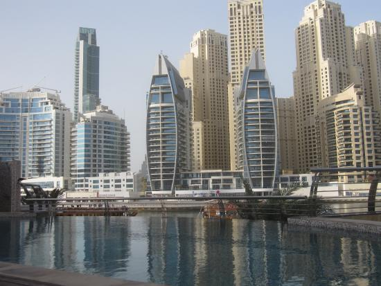 Lotus Hotel Apartments & Spa, Dubai Marina: vista dalla piscina