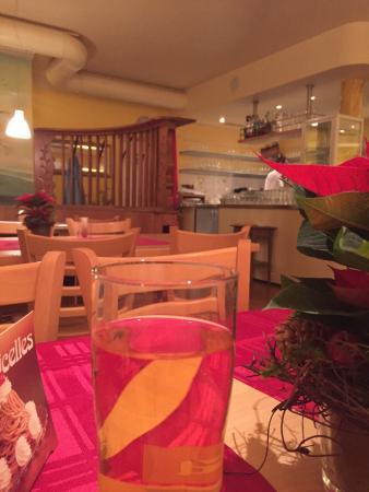 Restaurant Schwarzbrünneli: Das Schwarzbrünneli, die Quartierbeiz für alle. Gute Bedienung, überschaubare Menuekarte und gut