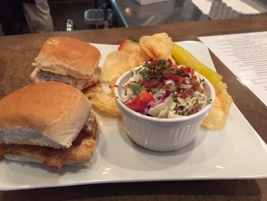 Franklin, IN: French Onion Chicken Sliders and Red, White, and Blue Slaw