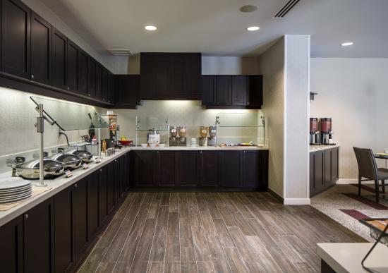 Residence Inn Melbourne: Breakfast Serving Area
