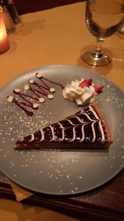 Deer Head Inn: Raspberry and almond tart