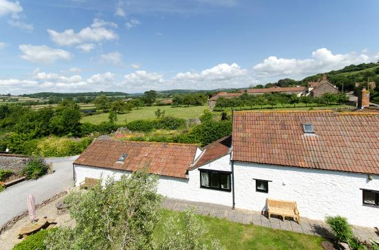 Winscombe, UK: Scrumpy Cottage - set in the 2 acre grounds of Home Farm