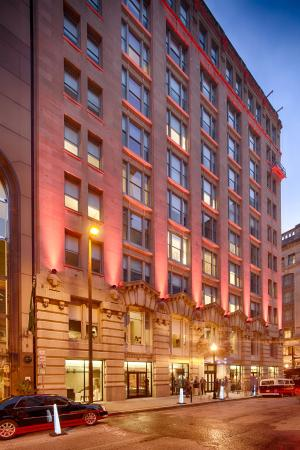 Hotel RL Baltimore Inner Harbor by Red Lion