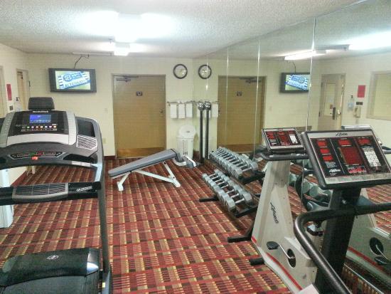 Quality Inn & Suites Marion: Fitness Center