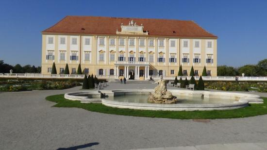 Schloss Hof: south facade