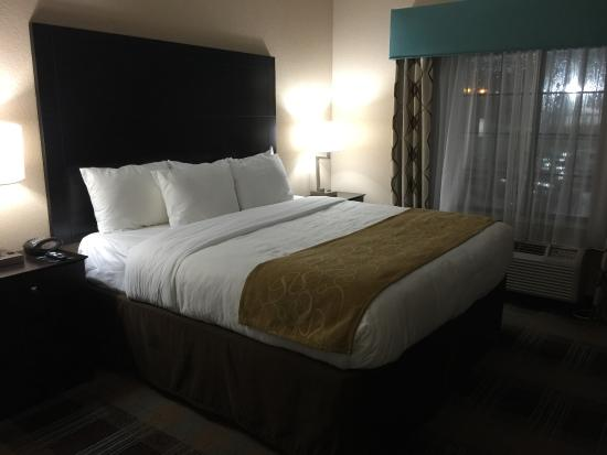 Comfort Suites New Orleans Airport: The Larger Of The Two Rooms In The Two  Bedroom