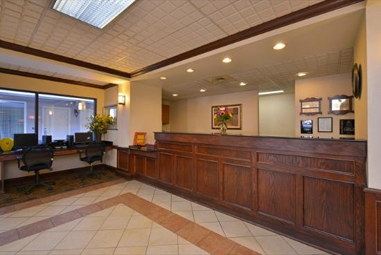 Best Western Williamsport Inn : Reception
