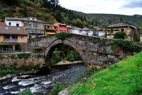 Parador de corias asturias fotograf a de parador de - Parador de cangas de narcea ...