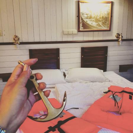 駁船遊輪飯店照片