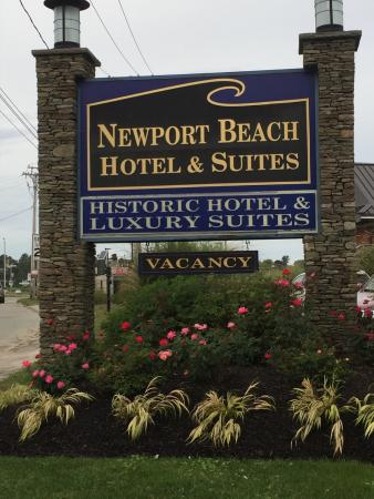 Newport Beach Hotel And Suites Sign
