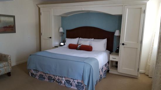 อิกซ์เซลซีเออร์สปริงส์, มิสซูรี่: King size Bedroom Suite