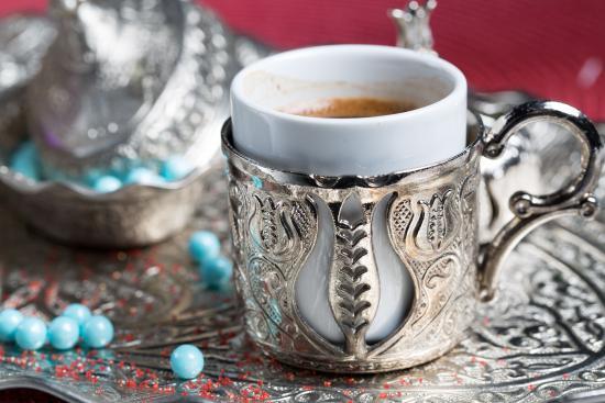 A La Turka: Traditional Turkish coffee