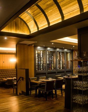 Meat Market Niagara: Wine Barrel Ceiling