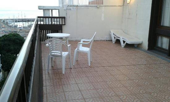 Hotel Adonis Plaza: Terrace and views from breakfast terrace