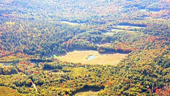 Snowville, Nueva Hampshire: Ariel view of our field