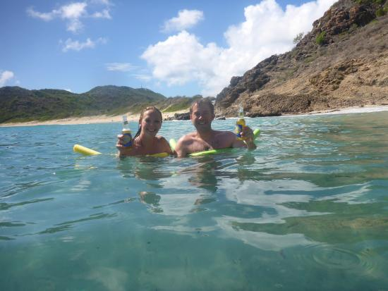 Oyster Pond, St-Martin / St Maarten: Enjoying a cold beer at a snorkeling spot!