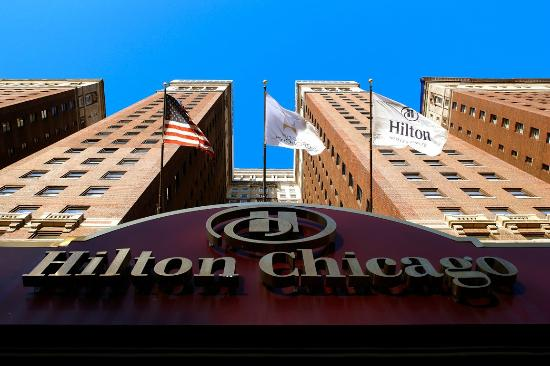 Hilton chicago for Beat hotel in chicago