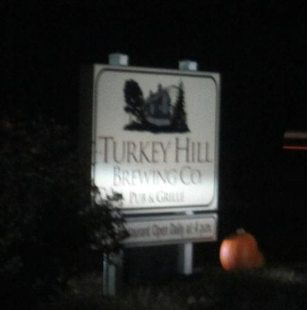 Turkey Hill Brewing Company : The road sign