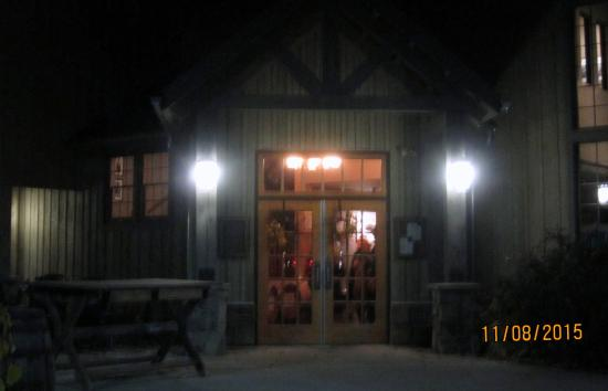 Turkey Hill Brewing Company : The entrance