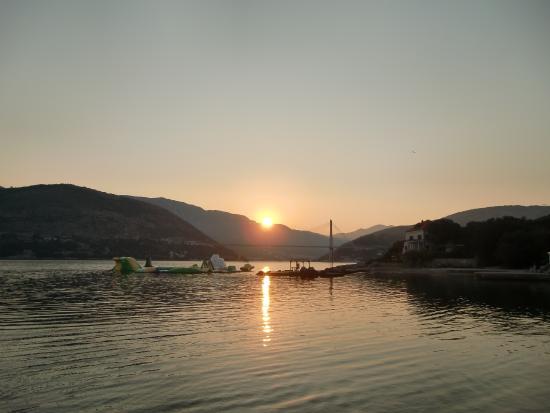 Tar, Croácia: 日の出