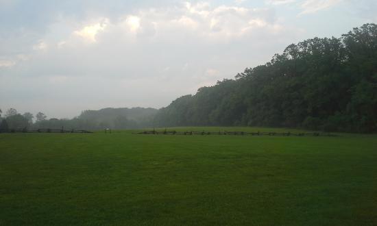 Malvern, بنسيلفانيا: Paoli Battlefield at dusk