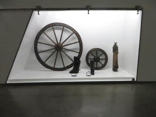 Museu Nacional dos Coches: Rodas
