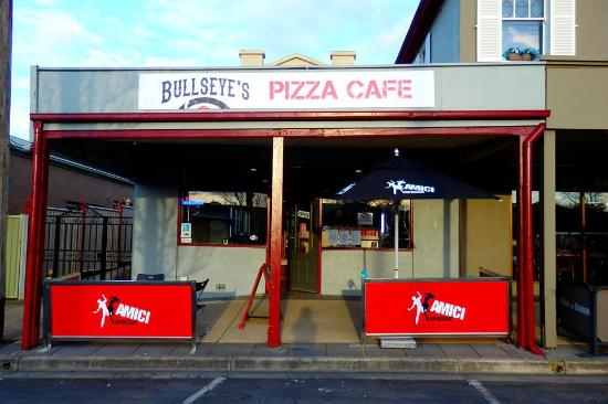 bulleye s pizza cafe picture of bullseye s pizza cafe creswick
