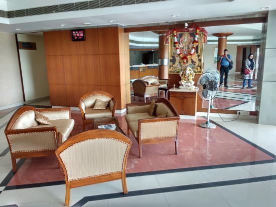 Golden Park Hotel & Resort : Reception