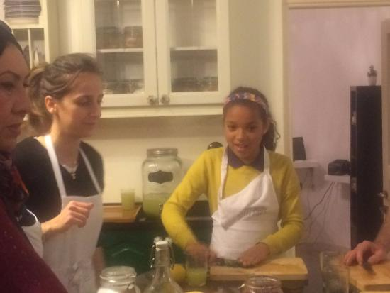 Home Cooking and Dining Experience Tour at Beit Sitti House: cooking