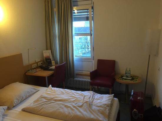 Commundo Tagungshotel Stuttgart: photo1.jpg