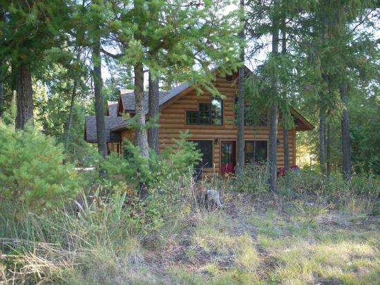 das blockhaus bild von canadian bear guesthouse. Black Bedroom Furniture Sets. Home Design Ideas