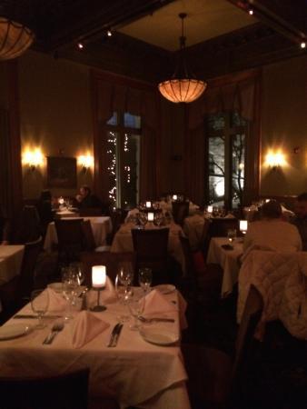 Ruth's Chris Steak House: DECOR inside the restaurant