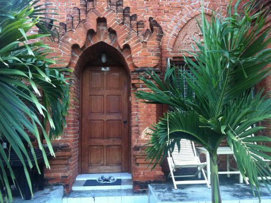 Aung Mingalar Hotel : La habitación por fuera