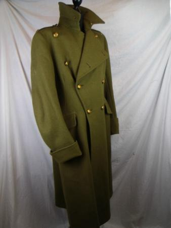 Coldstream, UK: Lovely thick officers army great coat. Aslo avaliable army, navy, and foreign great coats.
