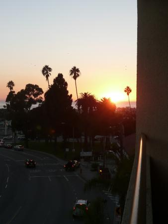 Quality Inn & Suites Hermosa Beach: sunset