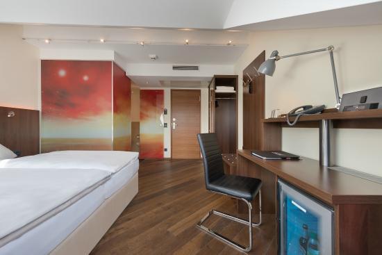 hotel deutsche eiche updated 2018 reviews price comparison munich germany tripadvisor. Black Bedroom Furniture Sets. Home Design Ideas
