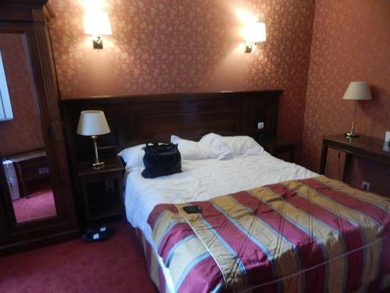 Hotel de la Paix Paris: paris 2015 519_large.jpg