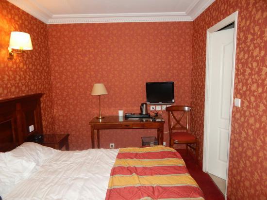 Hotel de la Paix Paris: paris 2015 523_large.jpg