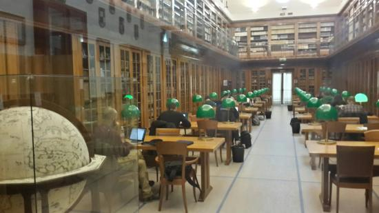 Biblioteca Comunale Manfrediana