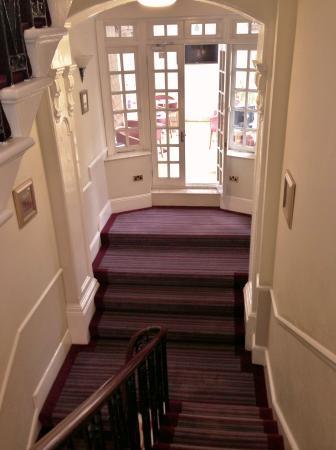 St George Hotel: Hallway
