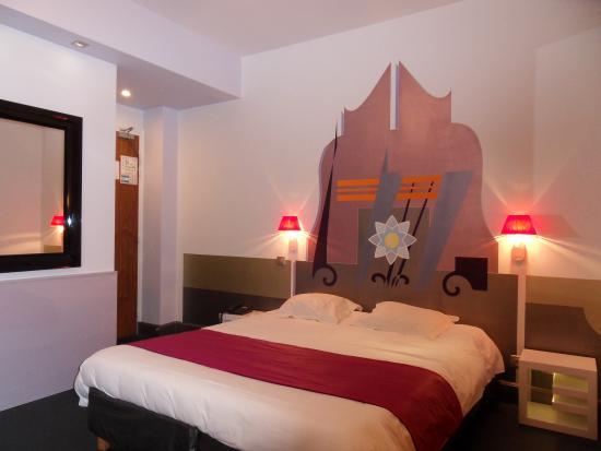 Splendid Hotel: chambre 24