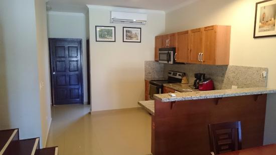 Aruba Breeze Condominium: Cocina 2