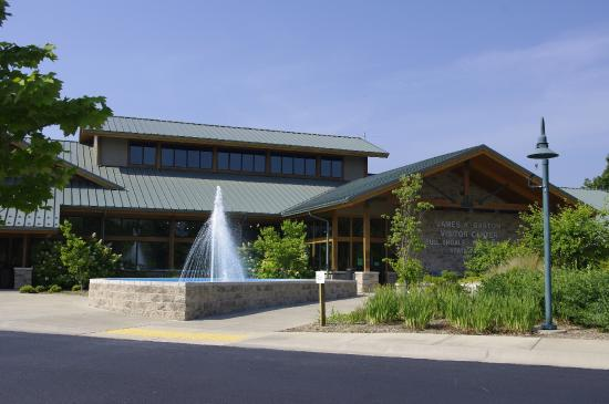 ‪James A. Gaston Visitor Center‬