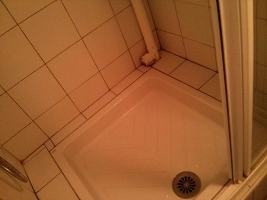 belambra clubs les grands espaces salle de bains avec tuyaux apparents - Douche Avec Tuyau Apparent