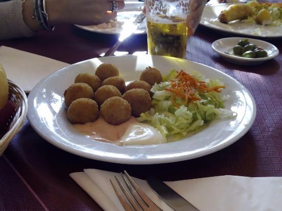 1 2 croquetas corvina fotograf a de bar restaurante el - Restaurante el faro madrid ...