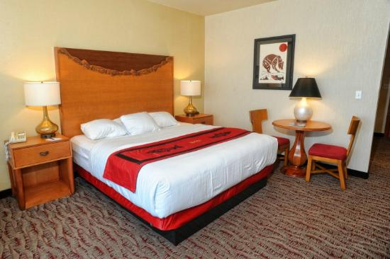Ocean Shores, WA: Deluxe amenities with a Native touch
