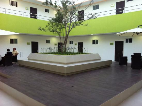 Hotel Virreyes